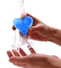hand washing heart
