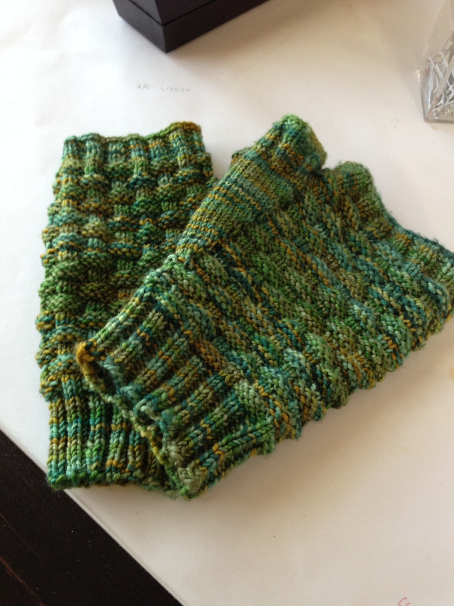 Knitting for people I love helps.